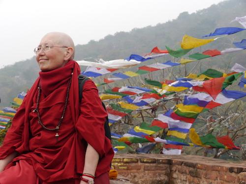 Dharma - Pratique du Dharma: Pourquoi des retraites? Par Lama Rinchen Palmo Lama-rinchen-palmo-retraite