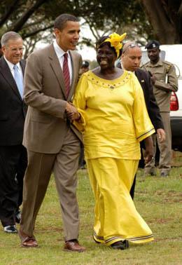 Maathai_and_Obama_in_Nairobi
